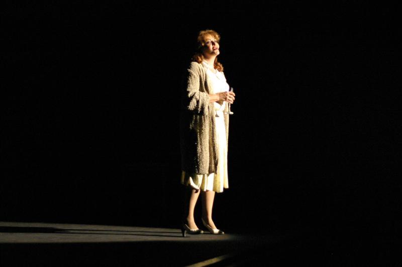 Dana Dogaru - Teatrul Bulandra - Cafeneaua - 14 martie 2011